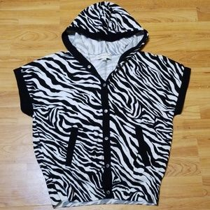 Jones NY sport sz M zebra hooded jacket